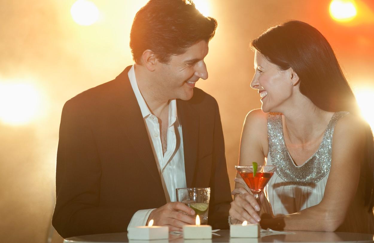 Romantika, sveće, ljubavnici, partneri