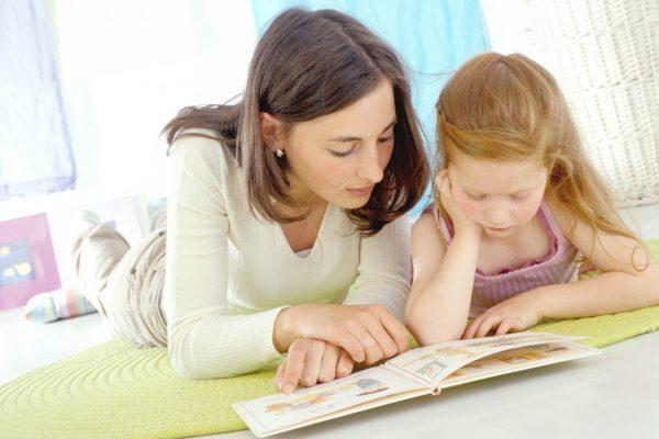 Deca, Devojčica, Učenje, Knjiga, Mama , Lekar, Slova