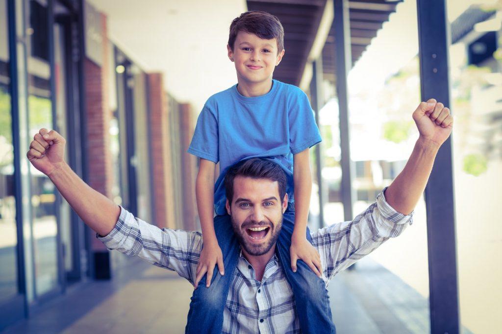 Tata i sin
