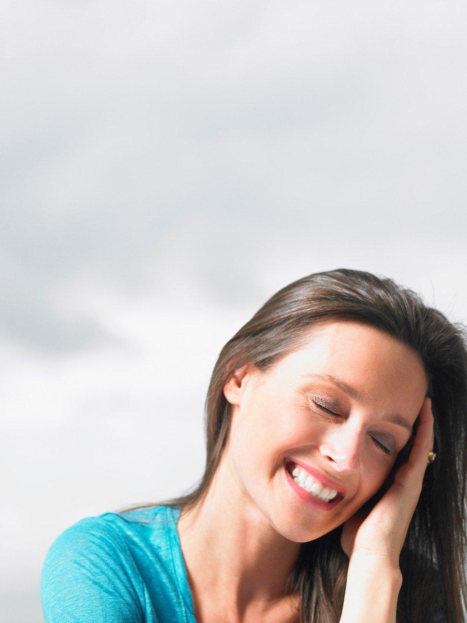 srećna devojka, osmeh