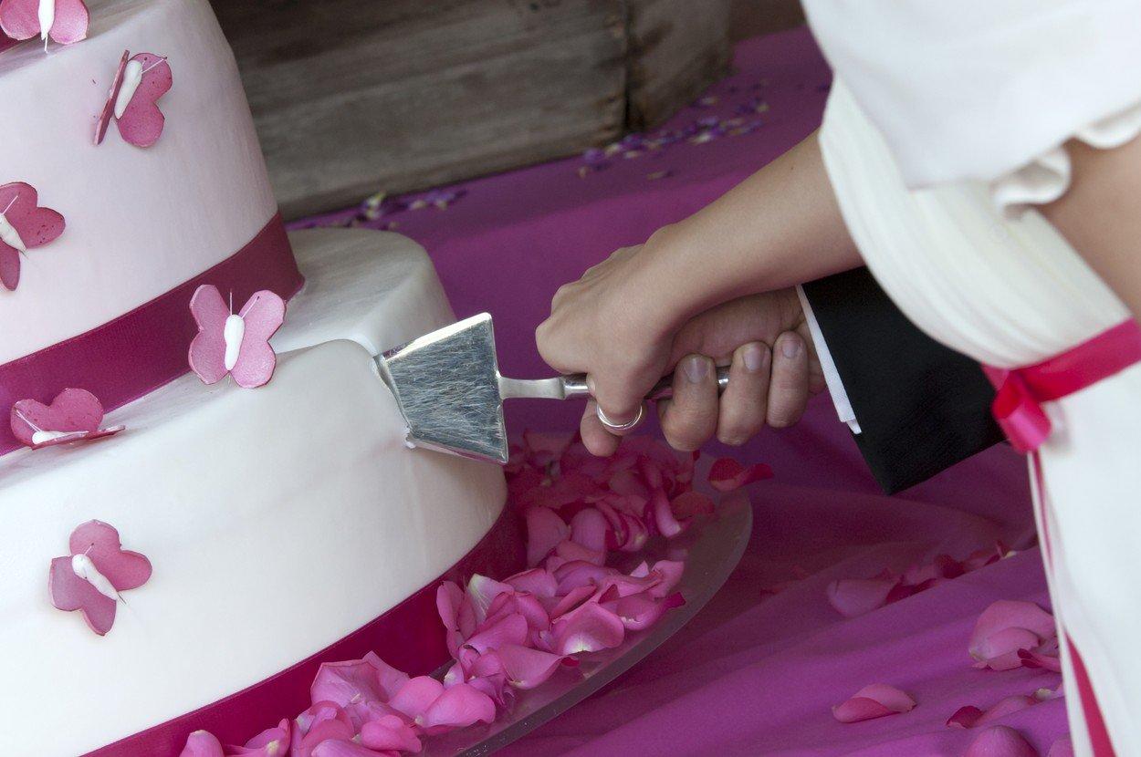 svadbena torta, svdba, mladenci