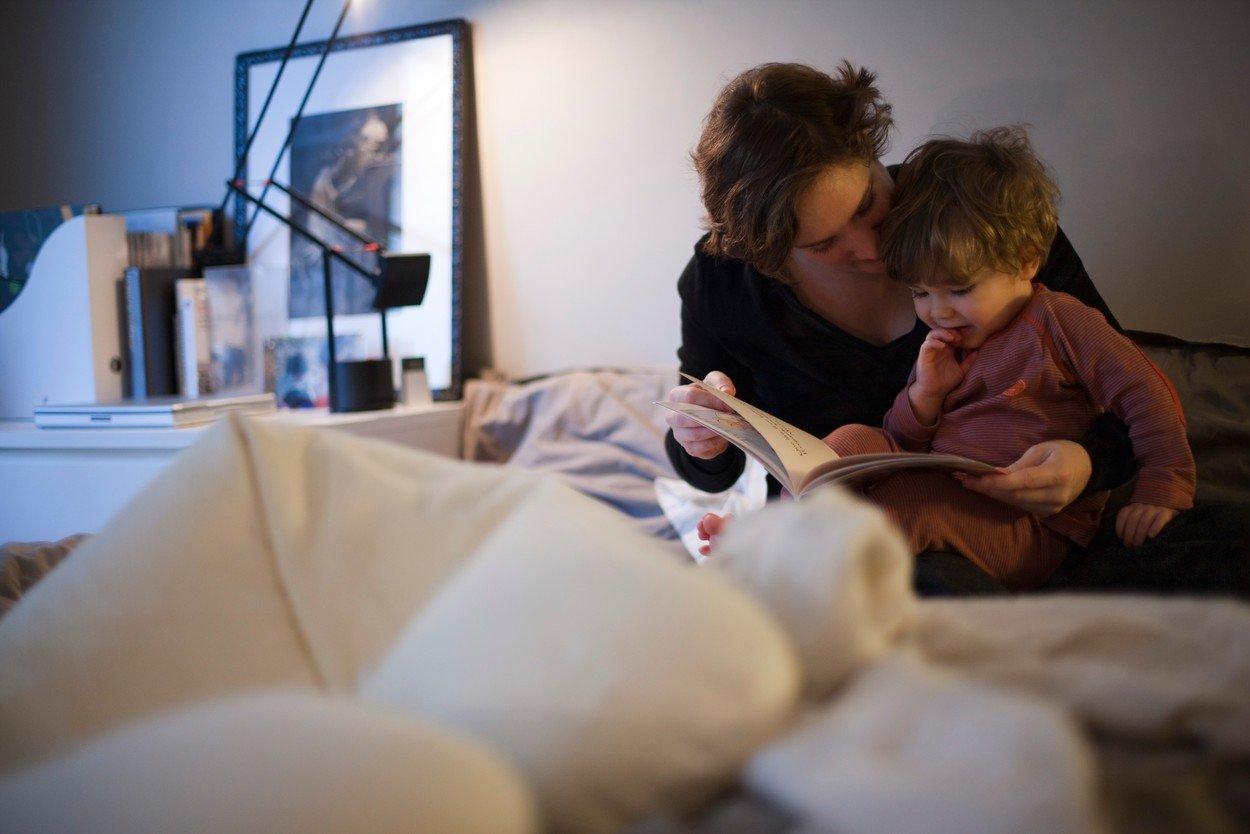 čitanje,priče za decu, bajke, porodica, roditelj, dete,